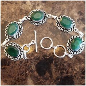 "Jewelry - Beautiful Natural Minwd Emerald Bracelet 7.5-8.5"""
